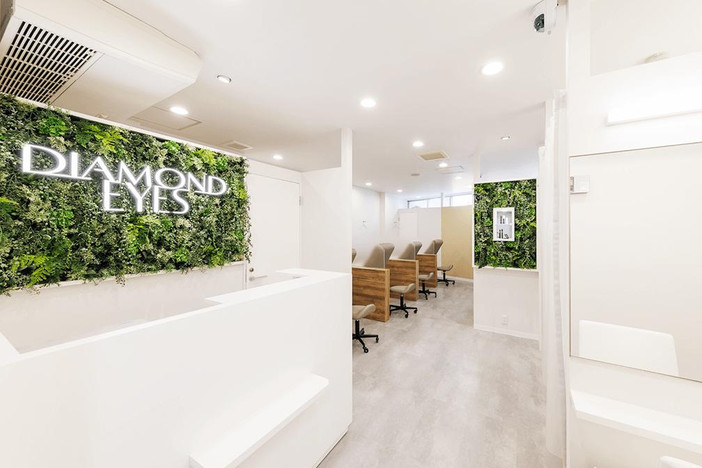ダイヤモンドアイズ Esola池袋店の店内